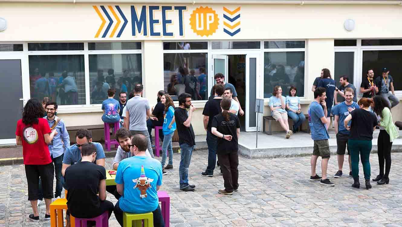 Meet-up pour accueillir les masterclasses et événements